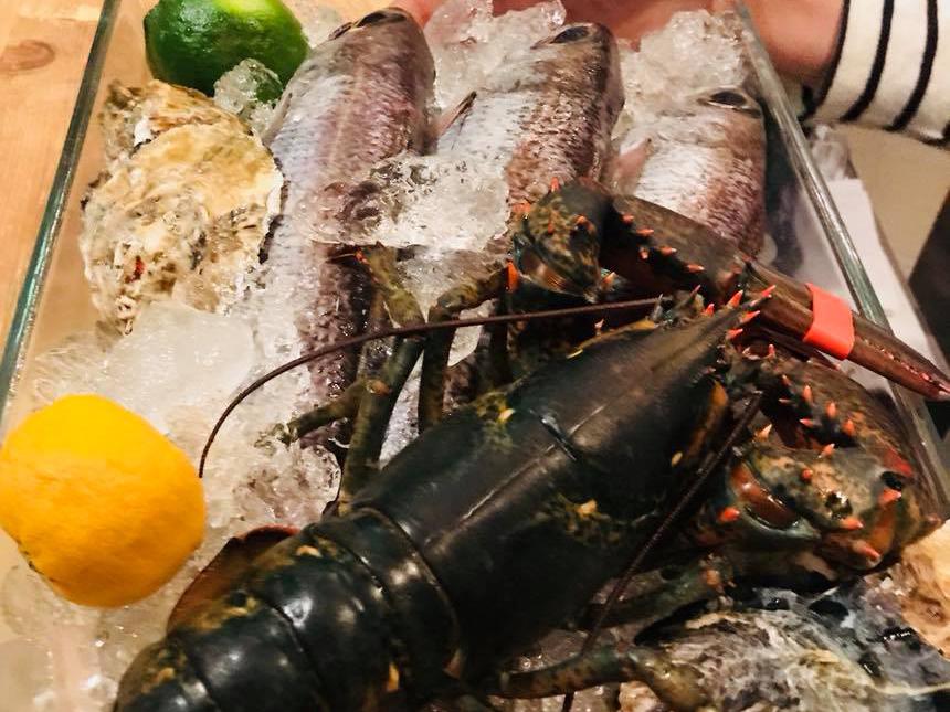 オマールエビ、黒ムツ、殻牡蠣